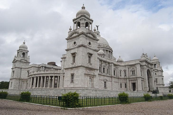 อนุสรณ์วิคตอเรีย (Victoria memorial)